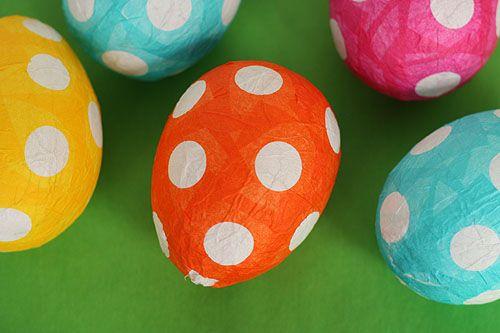 Paper-mache Easter eggsPolka Dots, Cute Ideas, Easter Eggcit, Paper Mache, Parties Favors, Easter Eggs, Tissue Paper, Eggs Crafts, Papier Mache