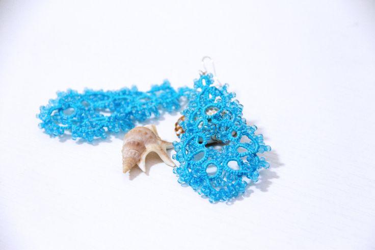Orecchini turchesi chandelier pizzo chiacchierino/orecchini turchesi chandelier/orecchini turchesi con perline/pendenti turchesi di ItalianVictorianLace su Etsy