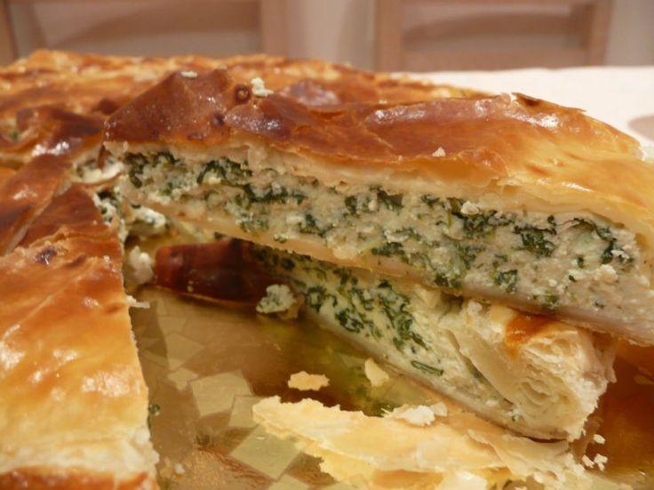 Una ricetta tradizionale della cucina ligure, per una saporita torta di riso e bietole.