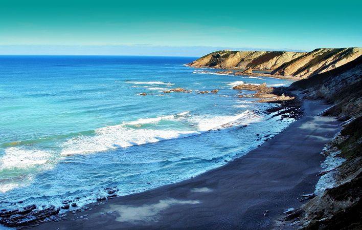 Playa de Vallina / Del Gallo #Cudillero #playa #beach #Asturias #ParaísoNatural #NaturalParadise #Spain