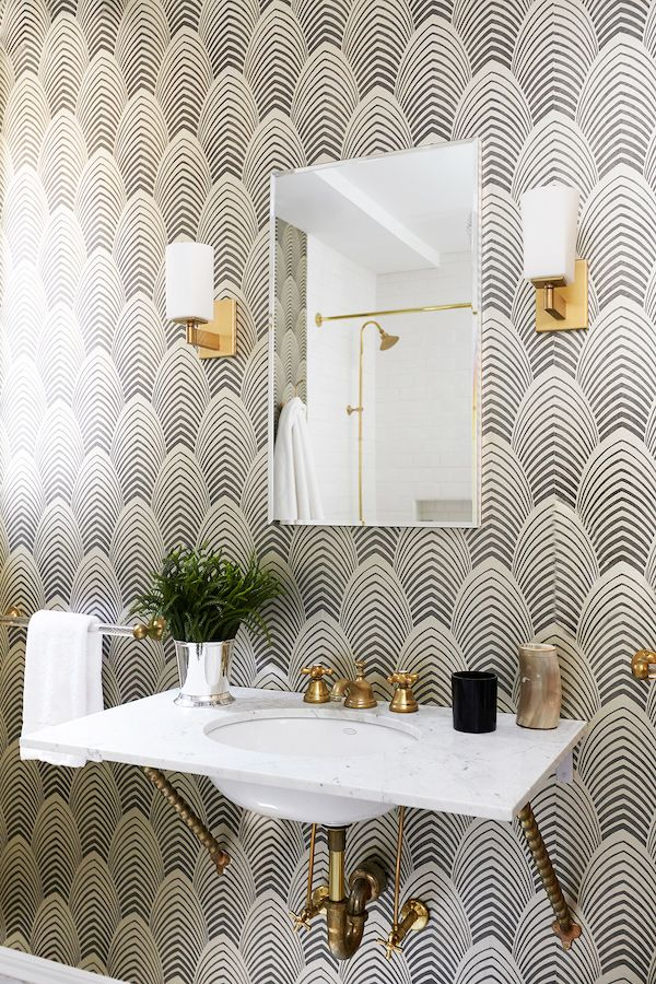 PATTERNS THAT POP: beautifully chic bathroom #wallpaper design