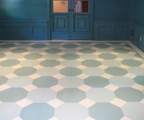 Painted Floor in octagonal blue and white #details #paint #stylebeat