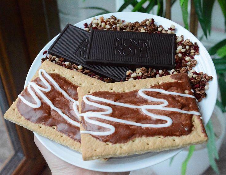 Macro cap of peace 2 cookie dough pop tarts 50g moser Roth dark chocolate @grazedotcom cherry chocolate granola topper yaas #balanfednotclean