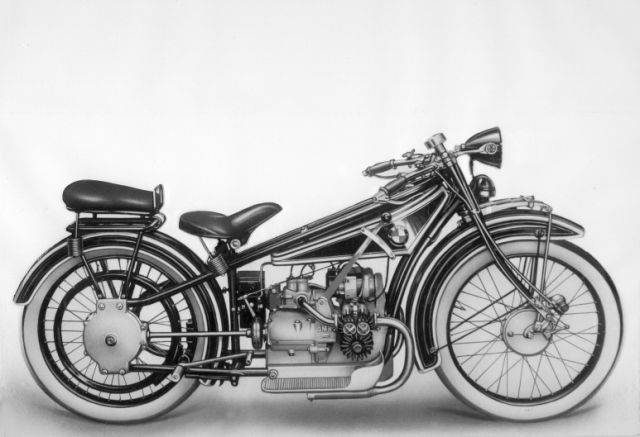 The Fritz designed engine and chassis finally came together as a perfect marriage in the form of the 1923 BMW R 32 motorcycle and was an immediate success. With one 22mm BMW Special carburettor feeding two cylinders of just 5.0:1 compression ratio via one inlet side-valve per cylinder (the one exhaust valve was also side-valve), the R 32 was good for 90-100km/h (56-62mph) and 80mpg (3.5litres/100km).