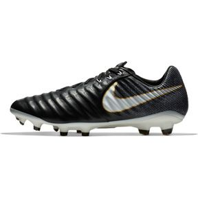 Nike Tiempo Legacy III FG (Pitch Dark Pack): http://www.soccerevolution.com/store/products/NIK_10914_F.php