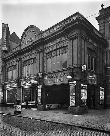Aldgate East Station, Whitechapel High Street, 8 Feb 1911