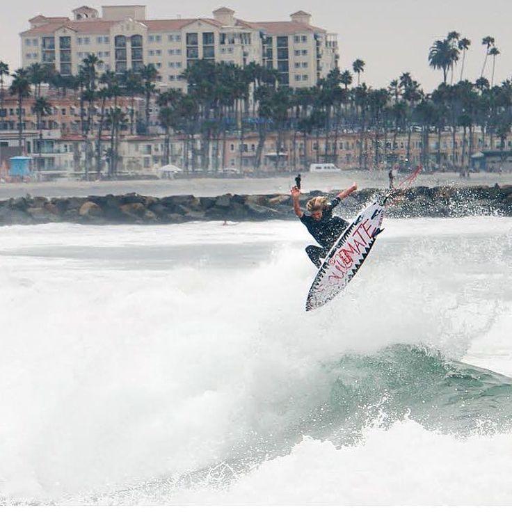 Get the Active Edge with CherryActive Australia #friyay #swimbikerun #surf #swim #relax #beach #sun #surfing#running #run #sport #surfboard #paddleboard#paddleboarding #sand #waves #sea  #islandstyles #triathlete #fitfam #fitness #fitspo #ocr #inspiration #endurance #performance  #gnarly #vegan #gains  #strength  via @surfer_magazine