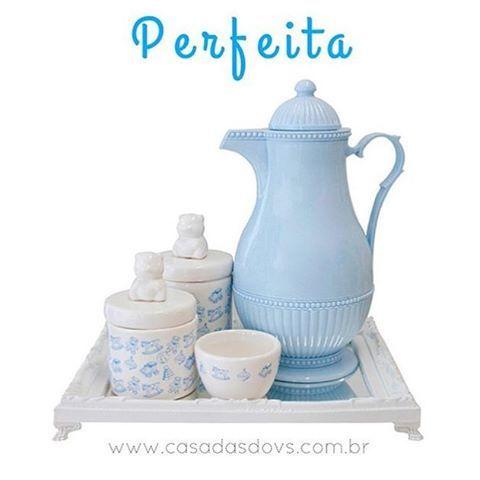 #mulpix Perfeita!!! 💙 Garrafa Térmica Azul Bebê da marca Dinamarquesa Rice, Linda e Perfeita para sua Cozinha ou para o Quarto do bebê :) O preço da Garrafa está incrível, apenas R$ 299,90, fazemos em até 3x sem juros no cartão! Confere aqui: www.casadasdovs.com.br