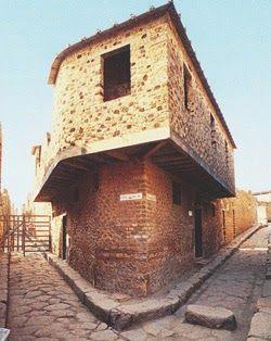 Arqueología e Historia del Sexo: Viaje a un prostíbulo de la Roma del siglo I