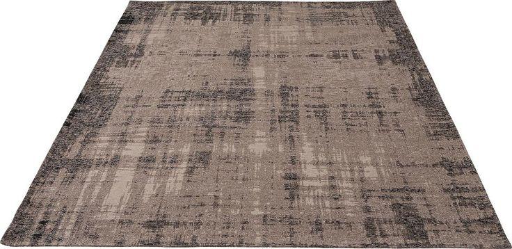 Karpet Novara zorgt voor een warm gevoel waar uw voeten vrolijk van worden! Door het gebruik van 100% acryl voelt Novara heerlijk zacht aan. Het karpet beschikt over karakteristieke kleurverschillen waardoor een uniek pallet ontstaat. Novara heeft een riante afmeting van 170 x 230 cm.