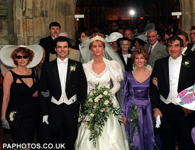 Screen-Shot-2013-R Welch son Damon marries Rebecca Trueman in 1990