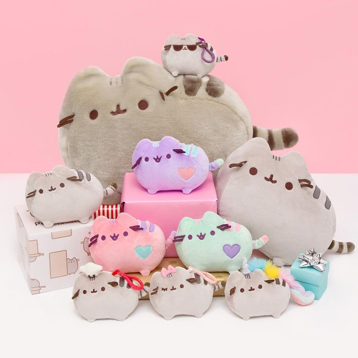 These Pusheen plushies (and much more) are 30% off at @heychickadee this weekend! ✨