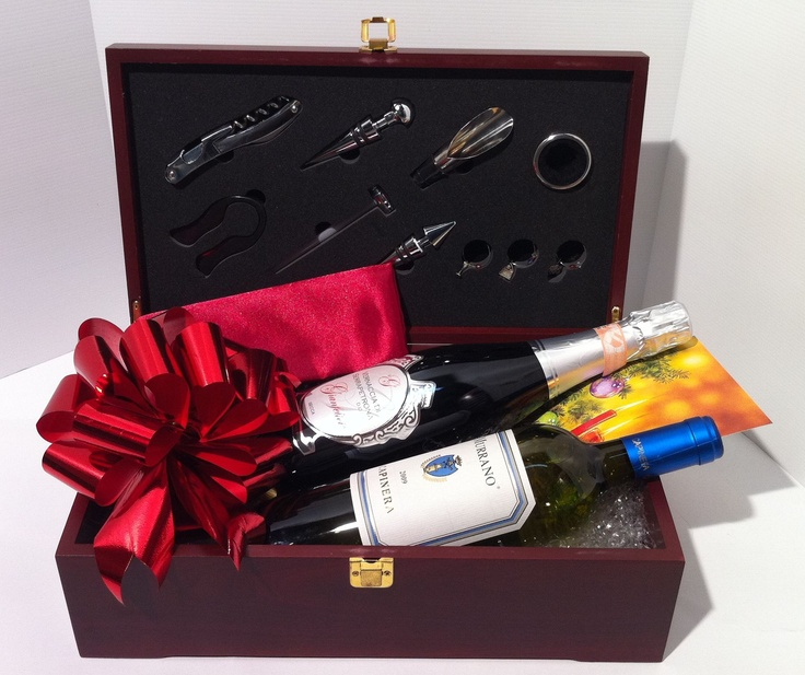 Selected wines in a gift box with wine accessories