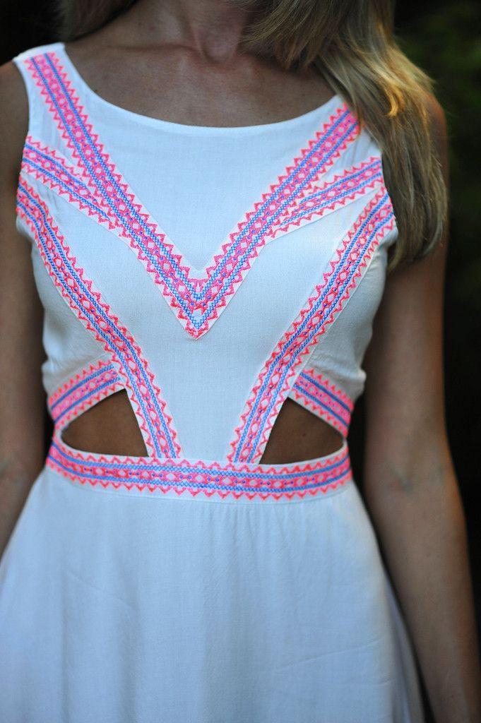 Feeling So Native Dress: White/Neon Pink | Hope's