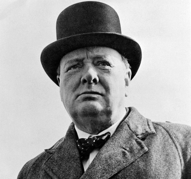Είμαστε μόνοι στο σύμπαν; , αναρωτιόταν ο Βρετανός πρωθυπουργός το 1939, προβλέποντας το ταξίδι στον Άρη. Πώς ήρθε στο φως το αδημοσίευτο μέχρι σήμερα κείμενο, που γράφτηκε στο παρά πέντε του Δευτέρου Παγκοσμίου Πολέμου (Pics)