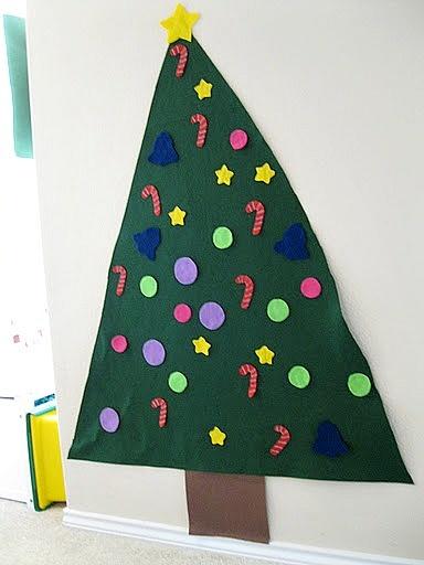 Felt Christmas Tree for toddlers!