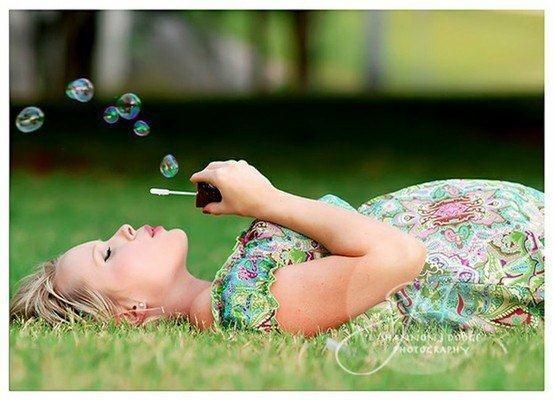 maternity photo bubbles