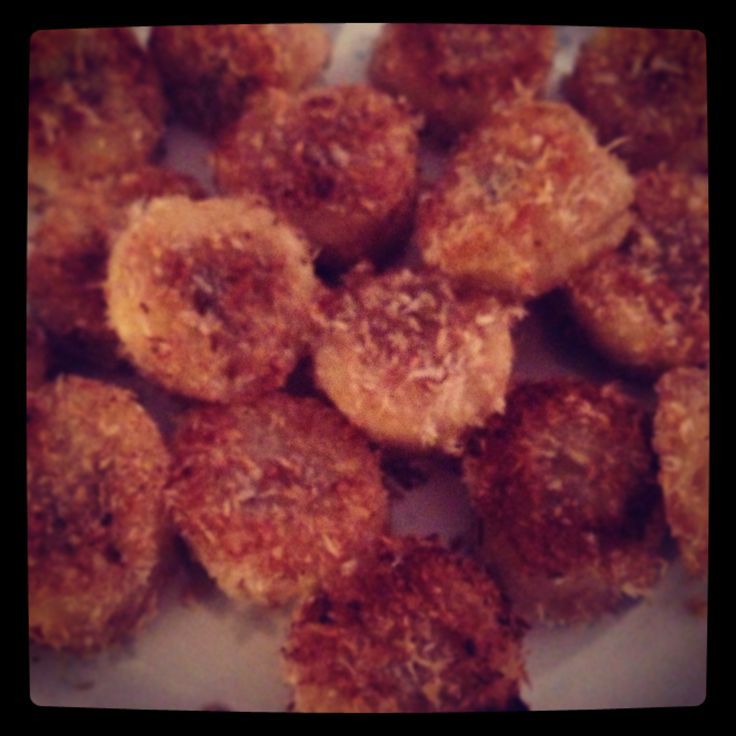 Bananas rolled in cinnamon and crushed coconut, cooked in coconut oil - favorite new #paleo snack!