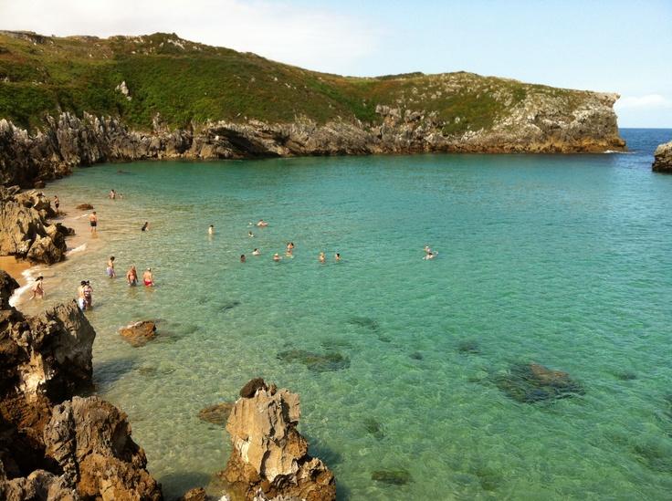 Increíbles playas en el oriente de Asturias. Foto realizada en Agosto del 2012