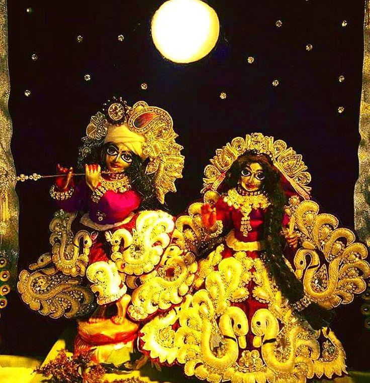 *तेरी मुहब्बत मे इतनी तो इनायत हैं* ❤कान्हा ❤ *तुम मिलों न मिलों सुकून मिल जाता हैं*...radhey radhey💕 ❤❤❤❤❤❤❤❤ 💞🍃🌿💞🍃🌿💞🌹🌹🌹🌹 Hare Krishna Hare Krishna Krishna Krishna Hare Hare Hare Rama Hare Rama Rama Rama Hare Hare...🙌🙌🌸💕 🙌🙌🙌🙌🙌🙌🌸🌼🌹🌼🌻💕 radhey#radhey#hare #krishna#hare #Krishna##krishnaradhe#gaur_purnima#iskcon #iskcon_chowpatty #instamumbai #krsnablues #lord_krishna #sri_krishna #h #srinathji #Radhagopinath #radha #sri_radha #radha_krishna #hare_krishna #mantra…