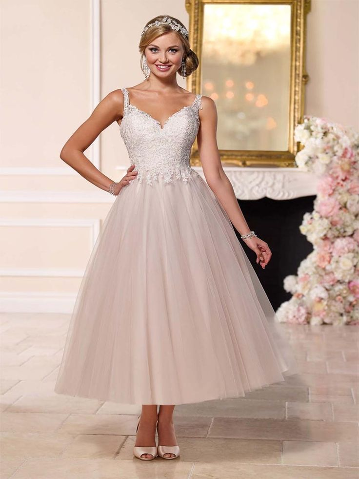 Stella York Amber available in our Exeter shop. #prudencegowns #stellayork #DressingYourDreams #Exeter #Devon #Cornwall #bride #weddingdress