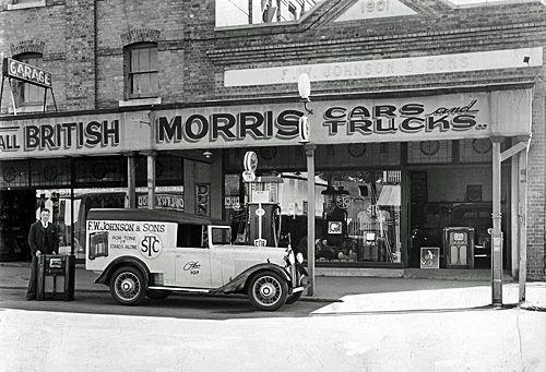 F. W. Johnson & Sons showroom, top end of Brisbane Street, Ipswich, ca. 1935