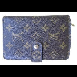 I just added this to my closet on Poshmark: Authentic Louis Vuitton Porte Papier Wallet. Price: $360 Size: OS