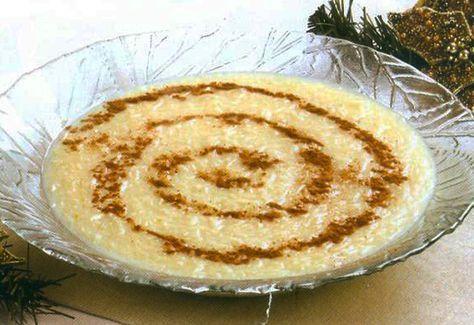 Aletria, um doce tradicional português, é uma massa em fios finos que é utilizada para fazer sopas e doces.  Existe 2 variedades de aletria:...