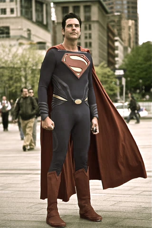 99 best images about Superman and Supergirl Cosplay on ...