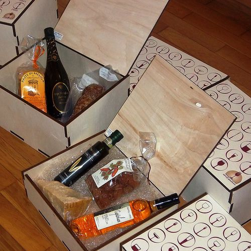 decorated wooden box , christmas gift, wine&food, wood packaging box
