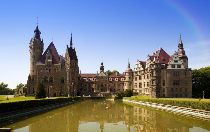 Castle in Moszna