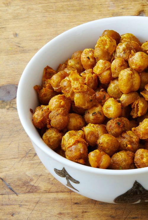 Crispy Curried Chickpeas..my favorite snack..i don't fry ...