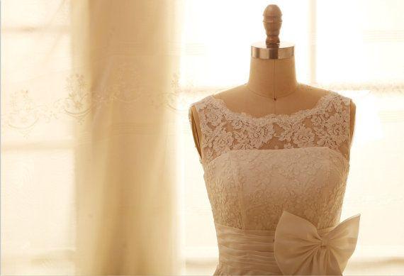 Vintage V inspiré dos dentelle taffetas de mariage robe/demoiselle d'honneur robe/genou/thé longueur robe courte