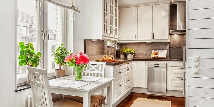 kawalerka, małe wnętrze, salon, sypialnia, białe wnętrze   -> Kuchnia Z Tapeta