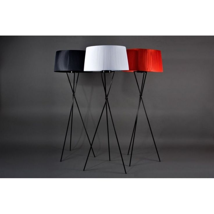 http://eshop.96design.eu/stojaca-lampa-sticks-inspirovana-tripode