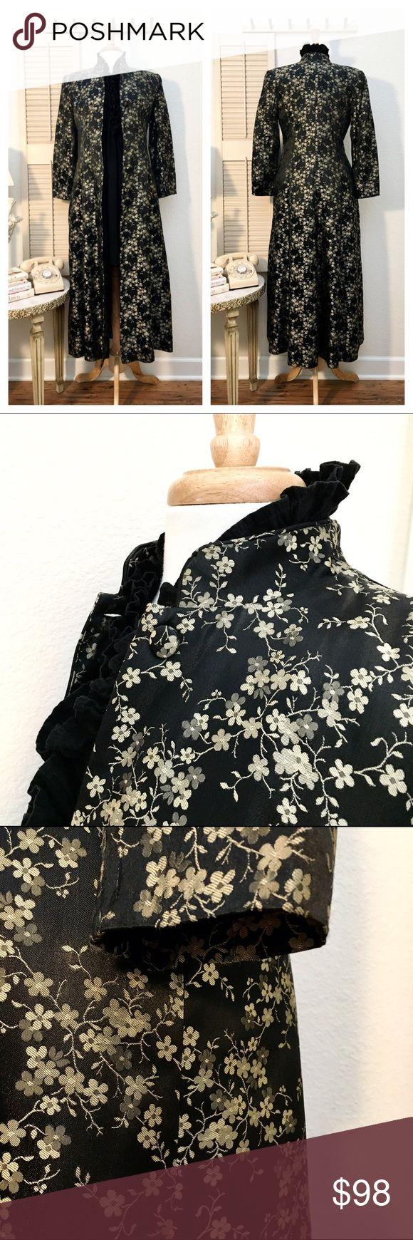 Jessica McClintock Cherry Blossom Print Duster❤ Details and measurements to follow... Jessica McClintock Jackets & Coats
