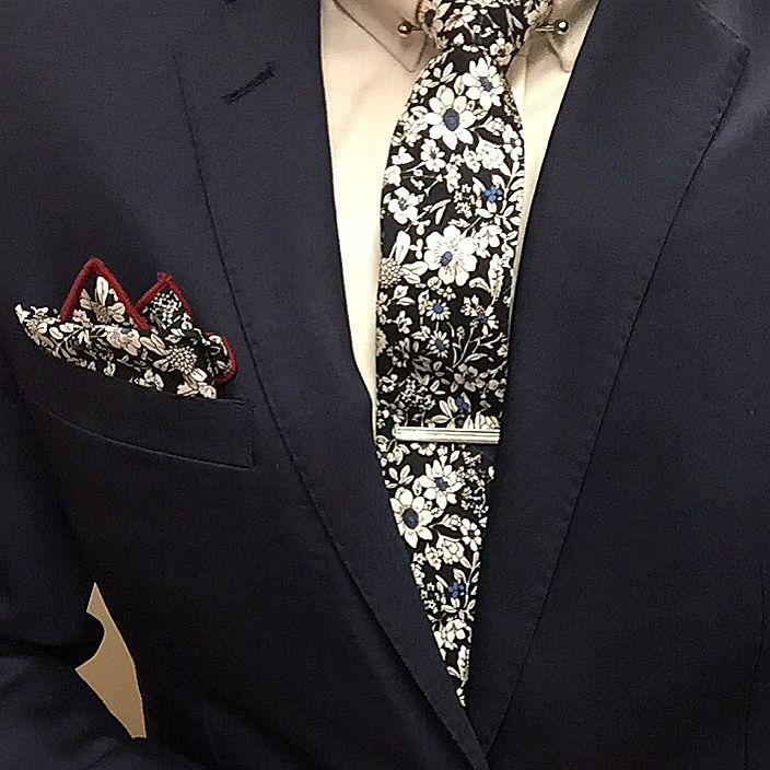 New combos coming to @petershearer next week! Watch this space  Available through our stockist and online  sunny-apparel.com  sunny@sunny-apparel.com  #pocketsquare #pockethank #hank #suits #tie #necktie #tieclip #tiebar #sunnyapparel #suits #gentleman #fashion #style #dapper #lookgood #preppy #essentials #handmade#bowties #cufflinks  #bow #lapel #Flower #reversible #races