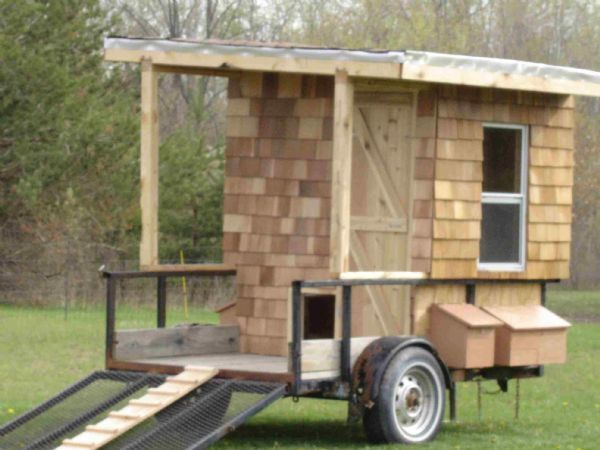 1000 images about portable chicken coop on pinterest for Big chicken tractor