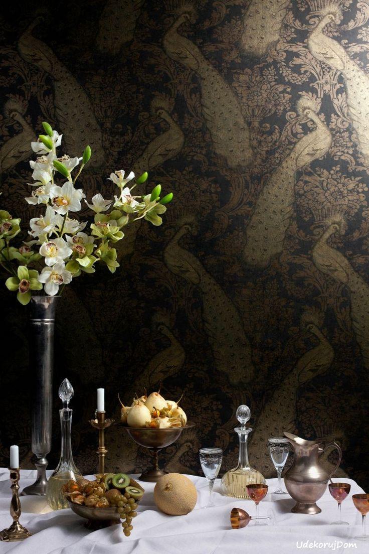 Stylowa tapeta #glamour z wzorem pawi w odcieniu starego złota #antiquegold