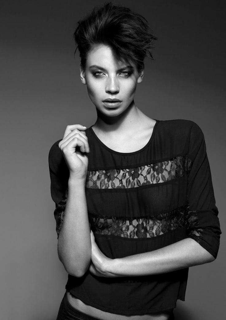 Photography: Richard Bakker  Hair: Tommy Hagen  Make-Up: Ellen Romein  Styling: Leticia Ruis