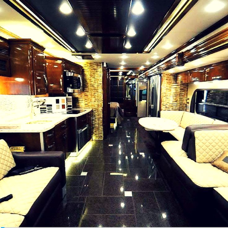 German Luxury House: 1000+ Ideas About Tour Bus Interior On Pinterest