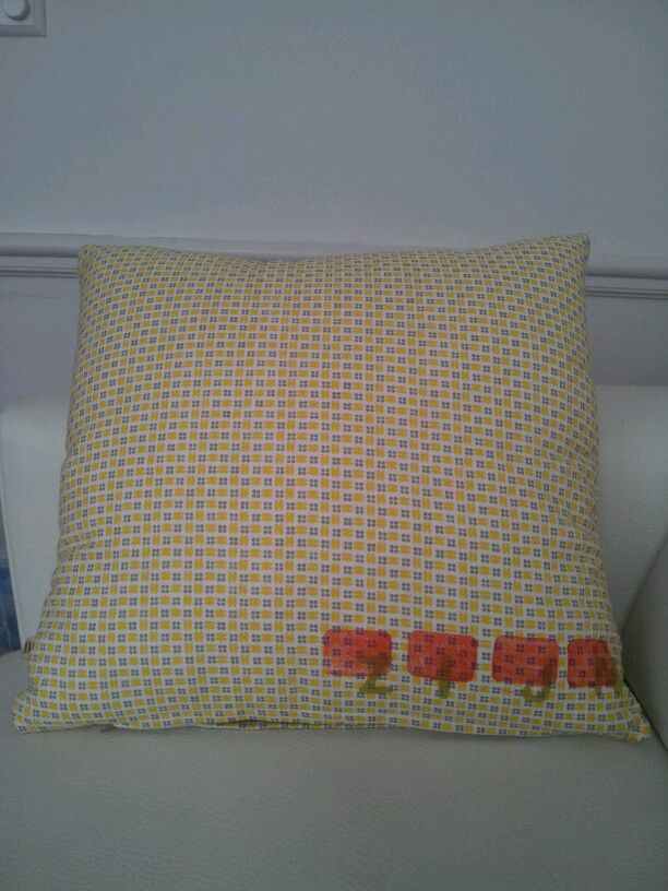 Backside of the cushion with stamp technique