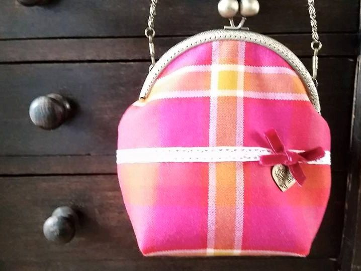 Ladyboys of Bangkok Tartan (Plaid) Clasp Bag by LoullyMakes on Etsy