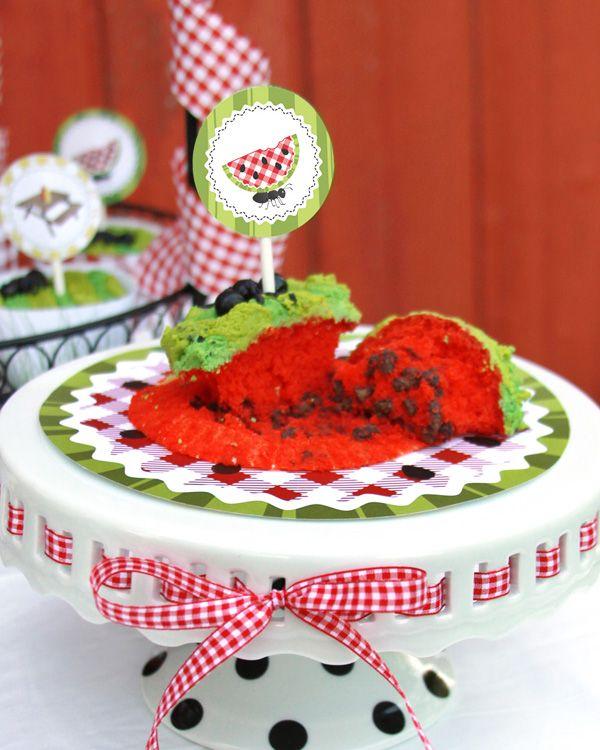 Watermelon CupcakesJuly Parties, Birthday Parties, Birthday Holiday Ideas, Watermelon Cake, Picnics Birthday, Parties Ideas, Bbq Theme, Watermelon Picnics Parties, Picnics Parade