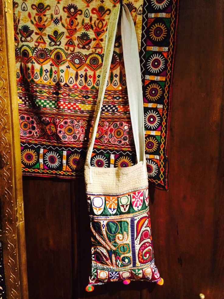 Cross strap bag vintage embroidery