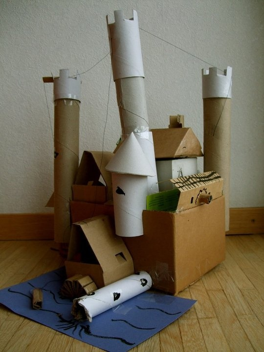 Work Together to Build a Cardboard Castle — Acorn Pies