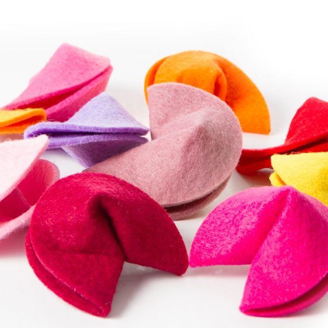 Glückskekse aus Filz in 34 verschiedenen Farben
