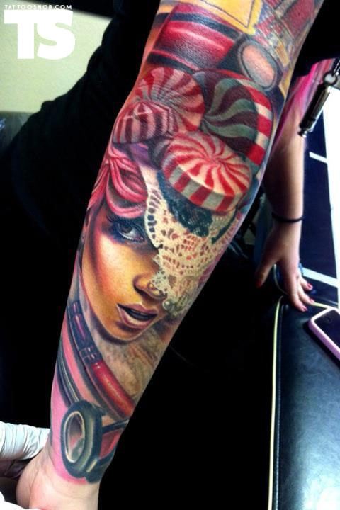 nikko hutardo... Did all of my Friend's ink. Very talented guy in LA who does portrait work