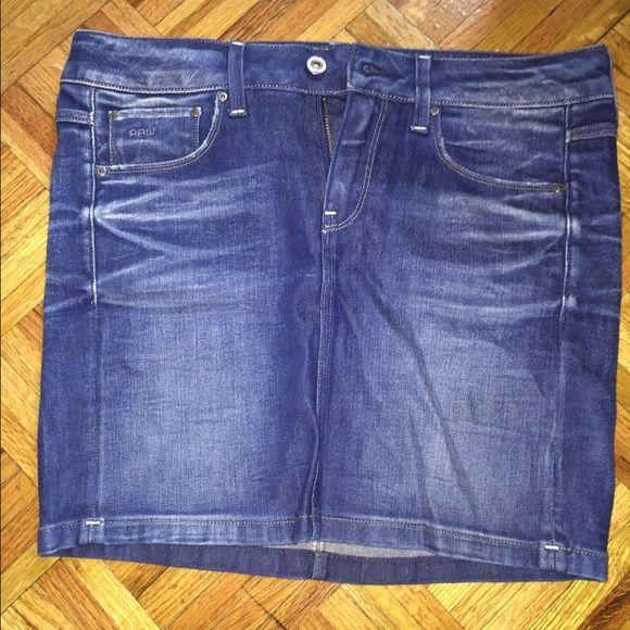 G-Star raw jean skirt size 27 10/10 long mini skirt. Worn once G-Star Skirts