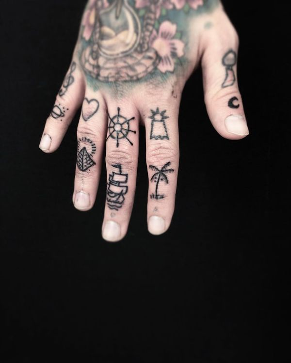 52 Small Finger Tattoos Ideas You Must See Now Finger Tattoos